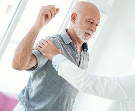 Schulterschmerzen Ormarthrose – Kompetenzzentrum Schulter und Knie Austria