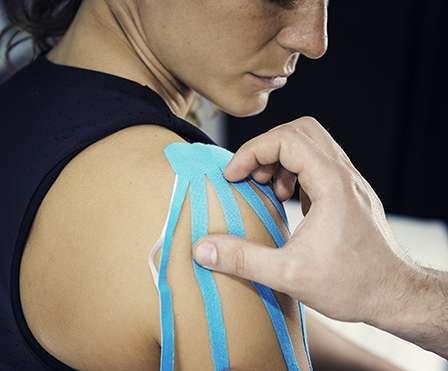 Schulterschmerzen Schultersteife – Kompetenzzentrum Schulter und Knie Austria
